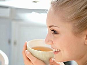 Bitkisel Çaylarla Cilt Bakımı