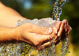 Hayatımızın Vazgeçilmez İçeceği Su